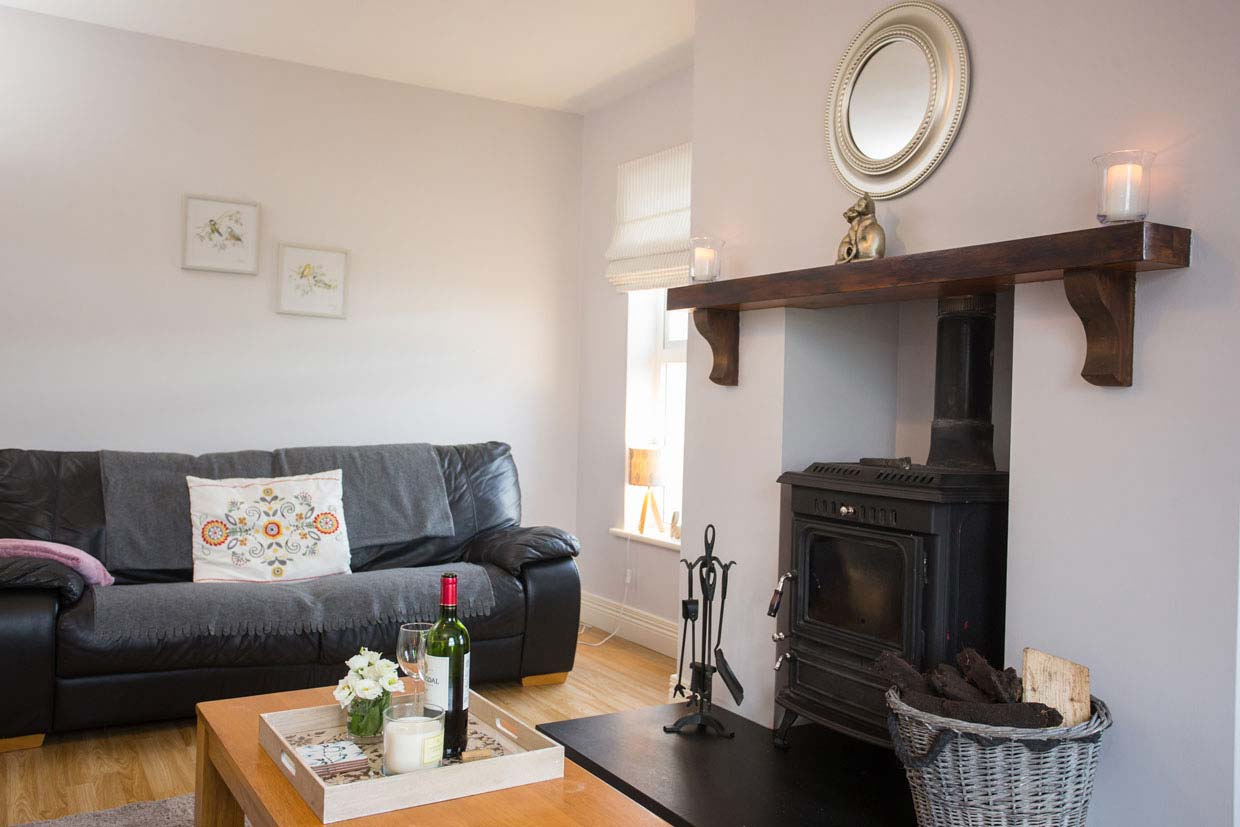 52 Riverside Cottage, Clonmany, Co Donegal